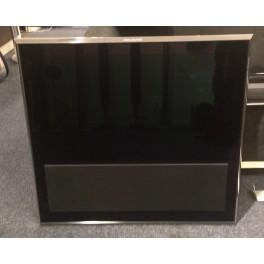 BeoVision 10-32 med väggfäste
